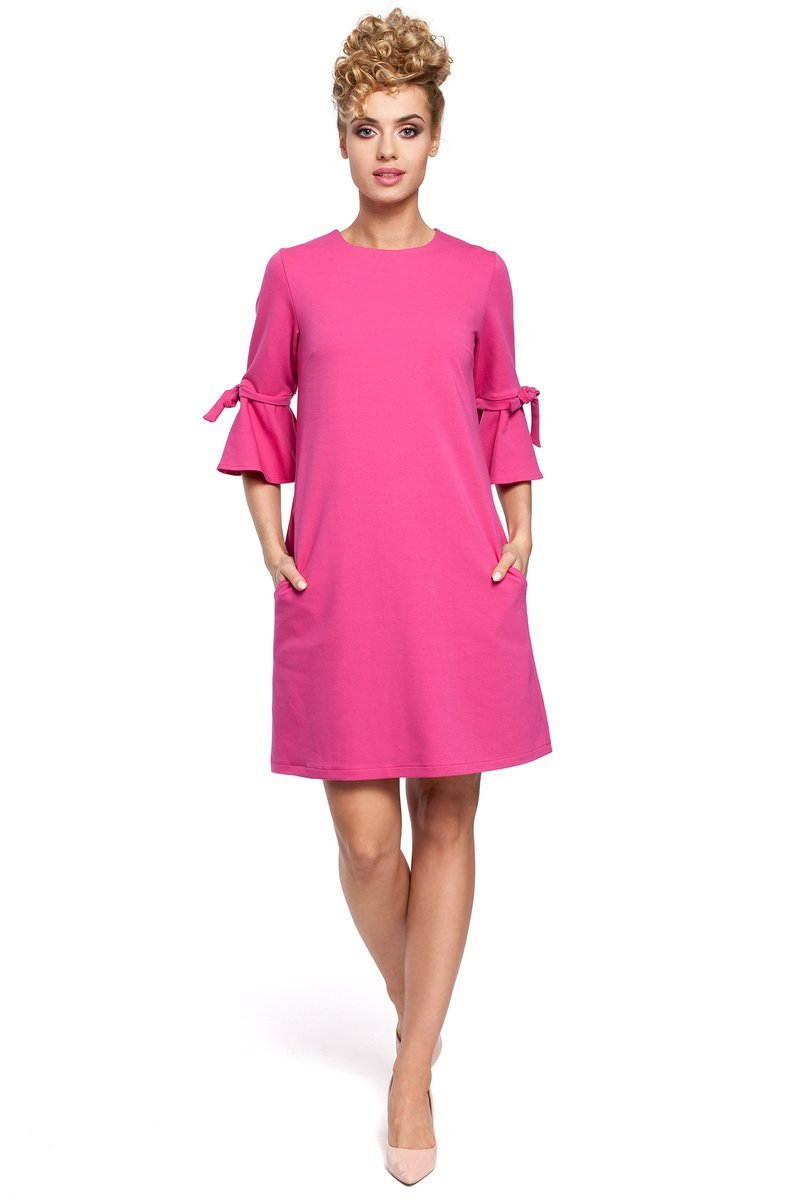 779b370918 MOE DESTINY Mini sukienka z falbanką na rękawach - fuksja - Merg.pl